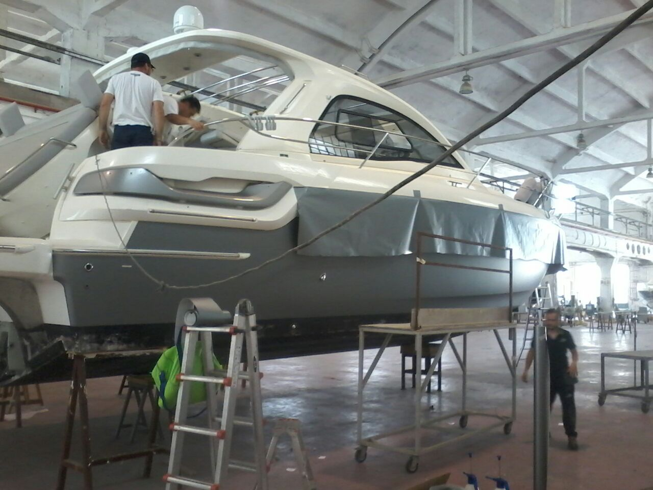 Fiart 45 boat wrapping vista 7