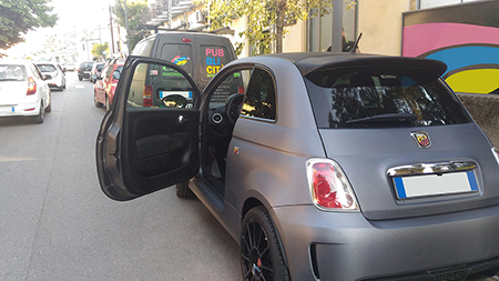 car wrapping carbonio 500 abarth 3