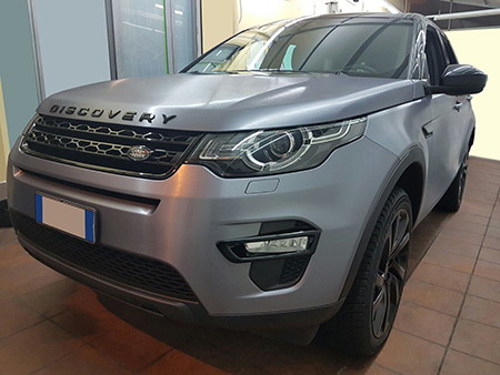 car wrapping discovery argento spazzolato 6