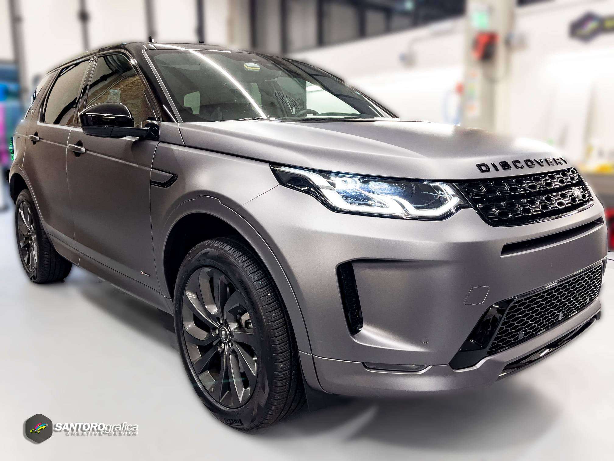 car wrapping land rover discovery grigio 6