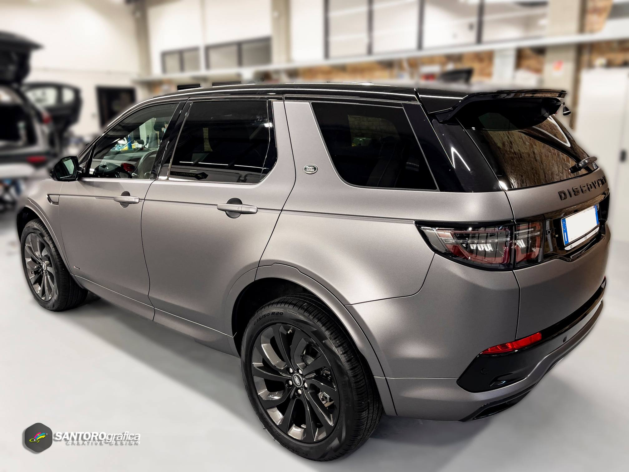 car wrapping land rover discovery grigio 7